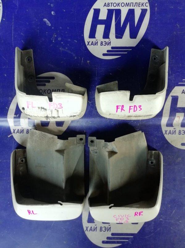 Брызговик Honda Civic FD3 LDA (б/у)