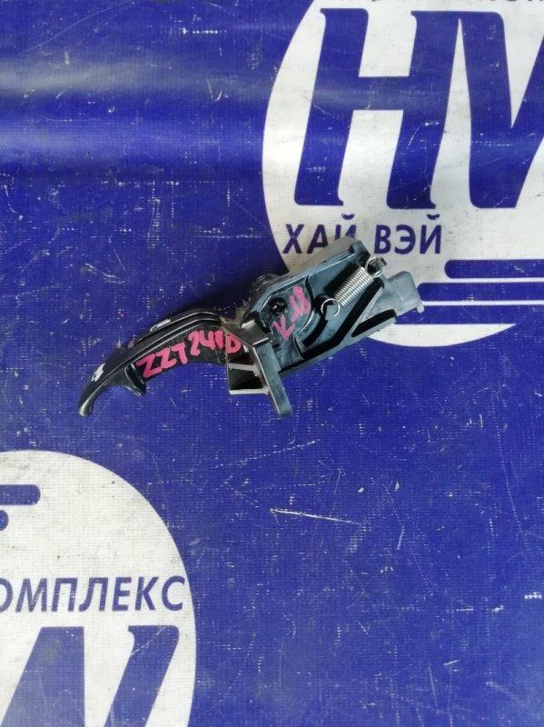 Ручка открытия багажника Toyota Premio ZZT240 1ZZ 2003 (б/у)