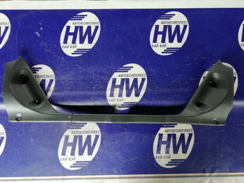 Накладка замка багажника Toyota Sprinter AE110 5A 1997 (б/у)