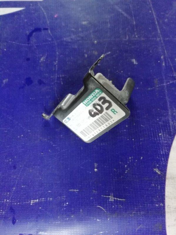 Датчик удара Honda Fit GD3 L15A 2001 правый (б/у)