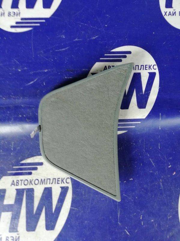 Обшивка багажника Toyota Prius NHW20 1NZFXE 2007 левая (б/у)