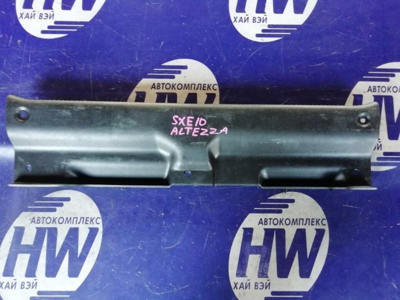 Накладка замка багажника Toyota Altezza SXE10 3SGE (б/у)