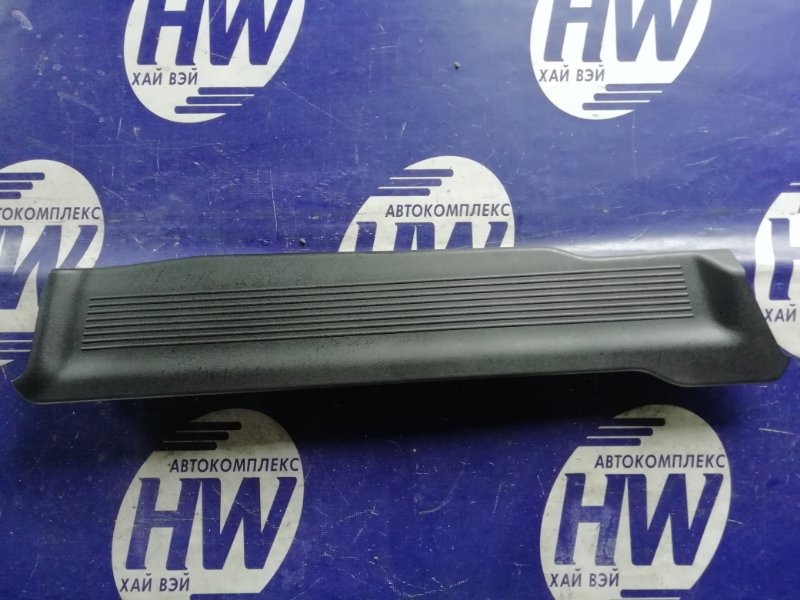 Порожек пластиковый Honda Freed Spike GB3 L15A 2011 задний левый (б/у)