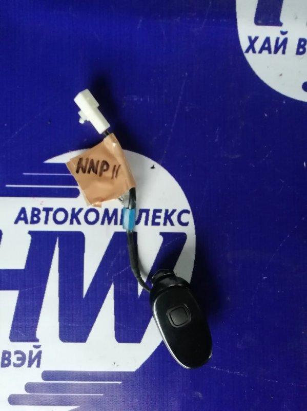 Ручка задней двери Toyota Porte NNP11 1NZ (б/у)