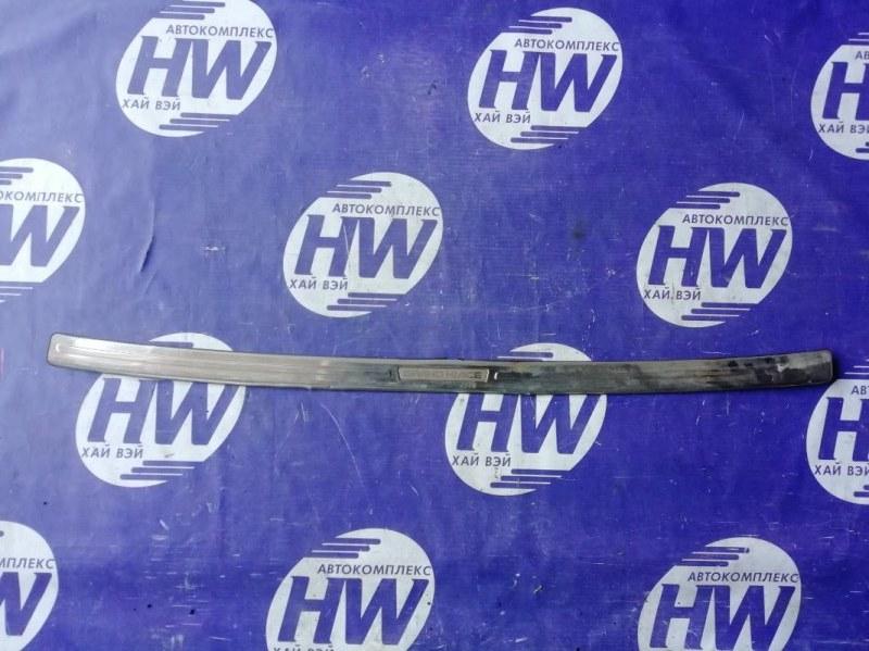Накладка на бампер Toyota Grand Hiace KCH16 задняя (б/у)
