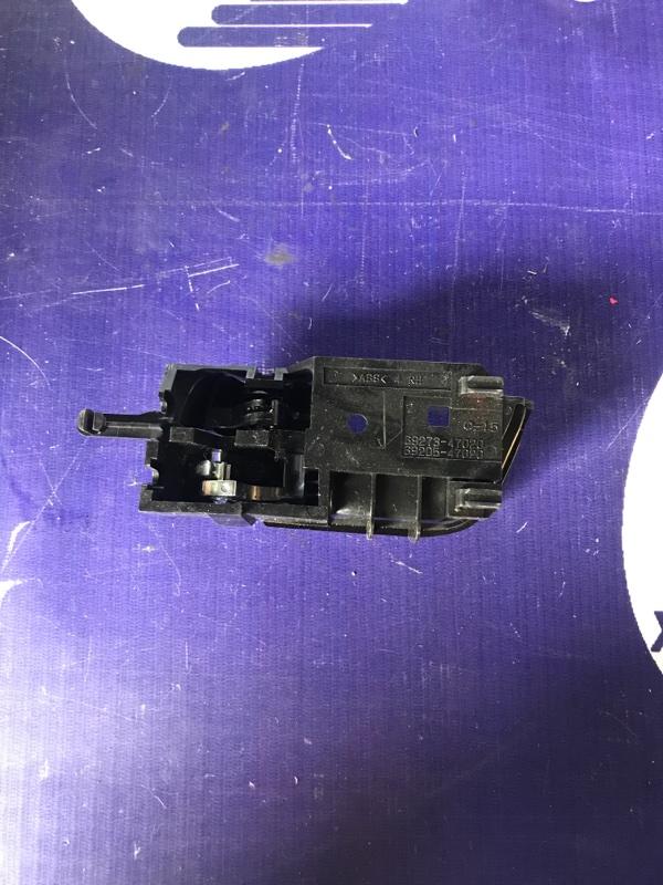 Ручка двери внутренняя Toyota Prius NHW20 1NZFXE 2007 задняя правая (б/у)