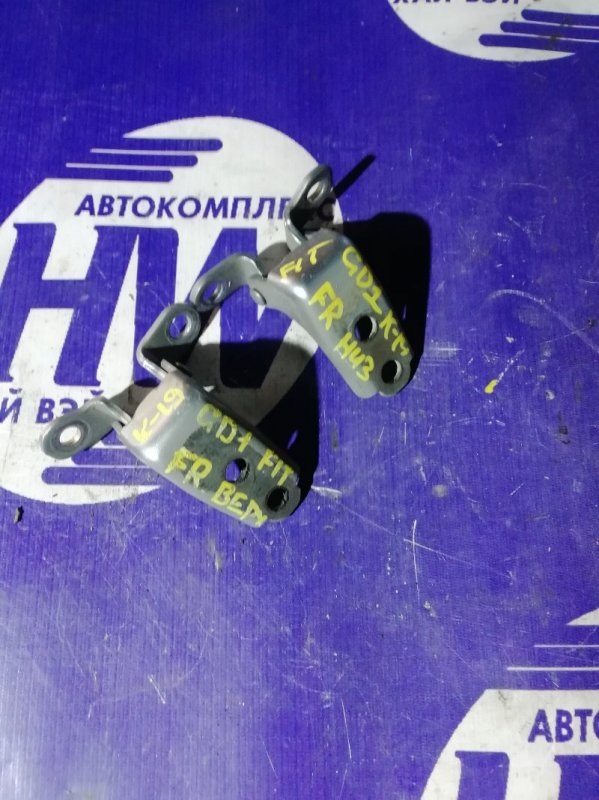 Петля дверная Honda Fit GD1 L13A 2006 передняя правая (б/у)