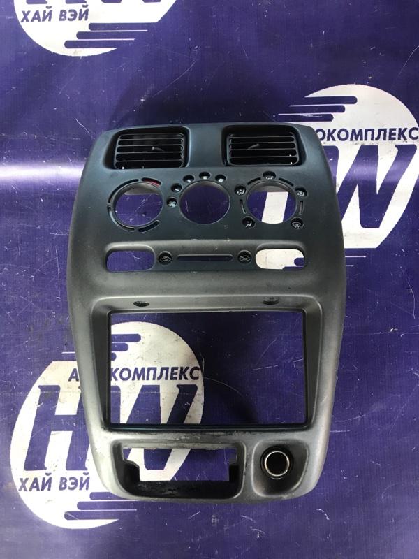Консоль магнитофона Suzuki Wagon R Plus MA63S K10A (б/у)