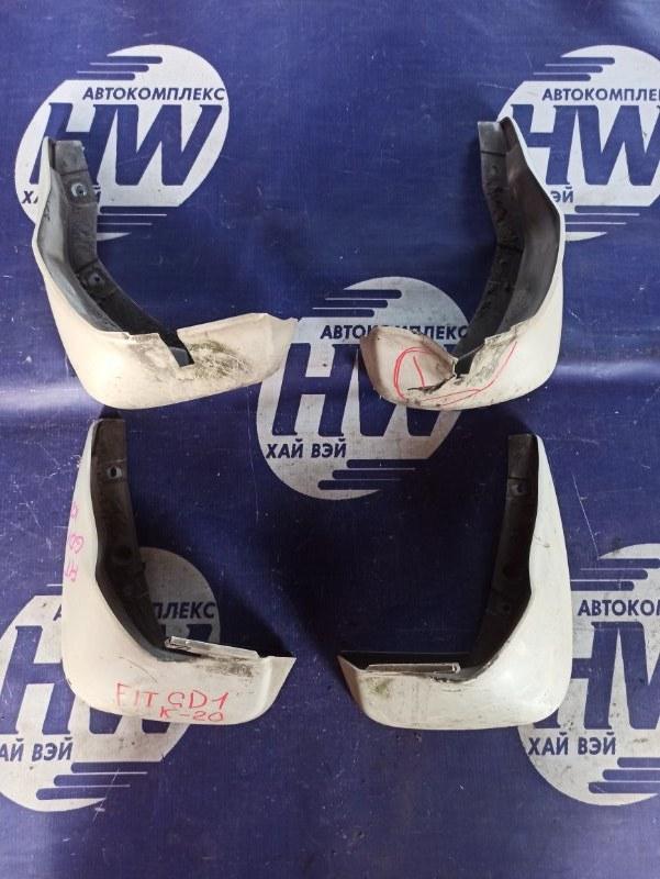 Брызговик Honda Fit GD1 L13A (б/у)
