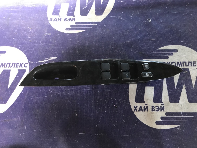 Блок упр. стеклоподъемниками Toyota Prius NHW10 1NZFXE передний правый (б/у)