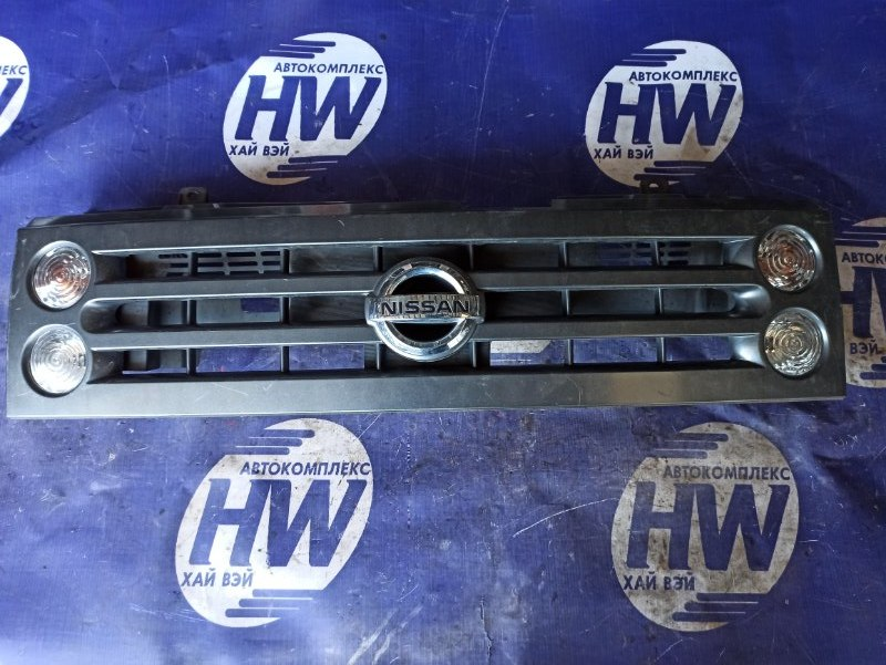 Решетка Nissan Cube BGZ11 CR14 (б/у)