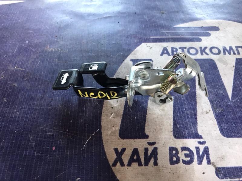 Ручка открытия багажника Toyota Platz NCP12 1NZ (б/у)