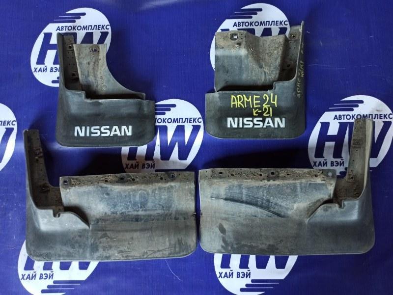 Брызговик Nissan Homy ARME24 TD27 (б/у)