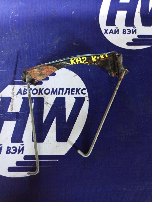 Крепление аккумулятора Honda Odyssey RA2 F22B (б/у)
