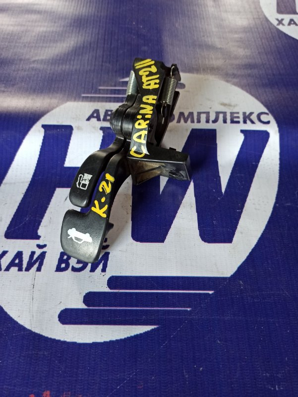 Ручка открытия багажника Toyota Carina AT211 7A 2000 (б/у)