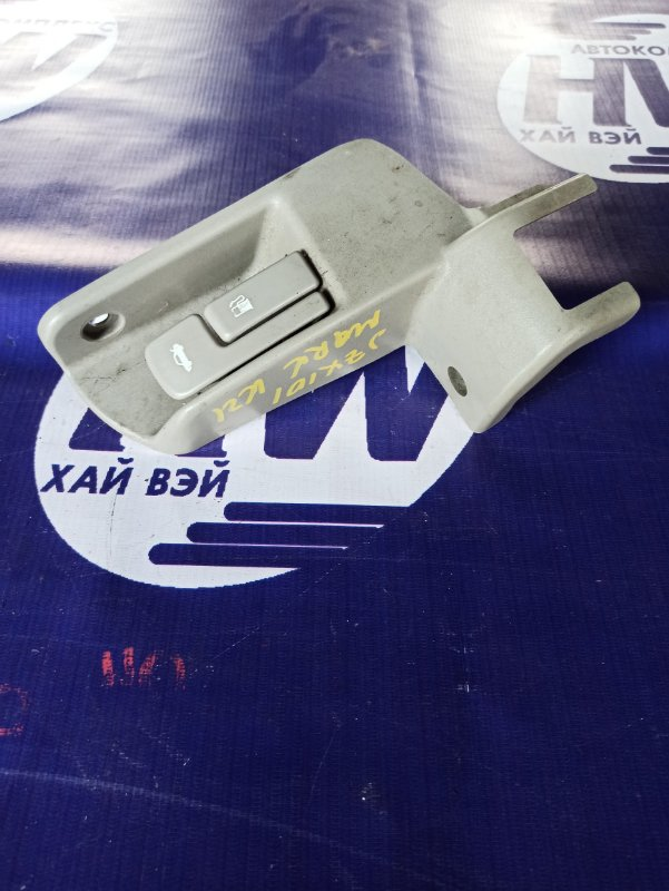 Ручка открытия багажника Toyota Mark Ii JZX100 1JZGE 1999 (б/у)