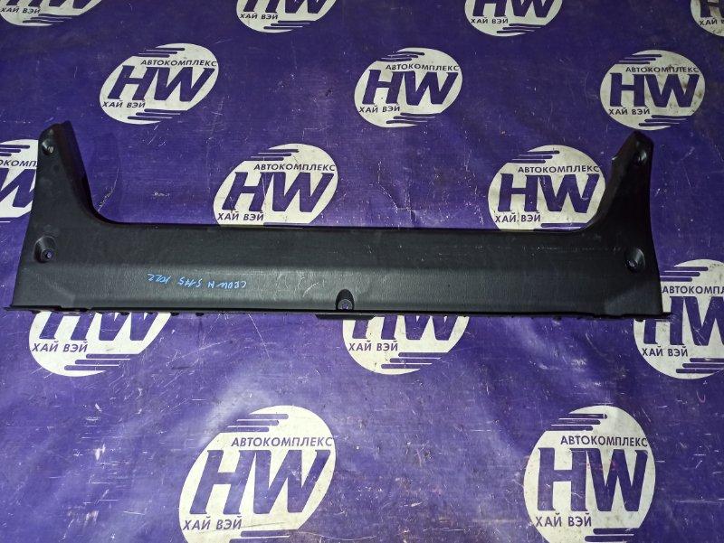 Накладка замка багажника Toyota Crown JZS175 2JZFSE (б/у)