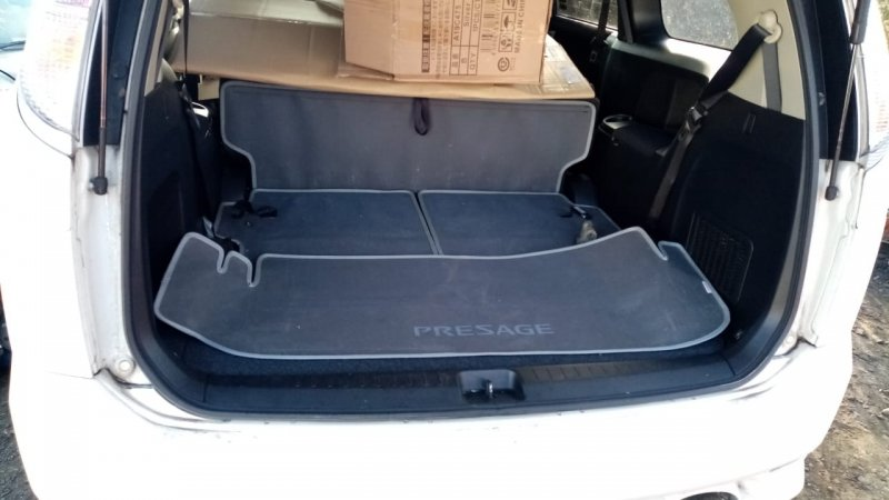 Коврик багажника Nissan Presage PU31 VQ35 (б/у)