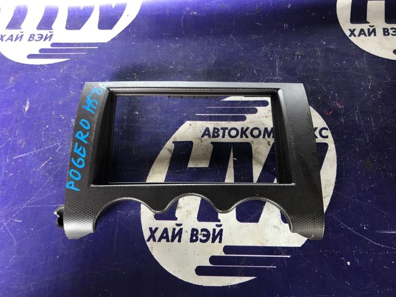 Консоль магнитофона Mitsubishi Pajero Mini H58A 4A30 (б/у)