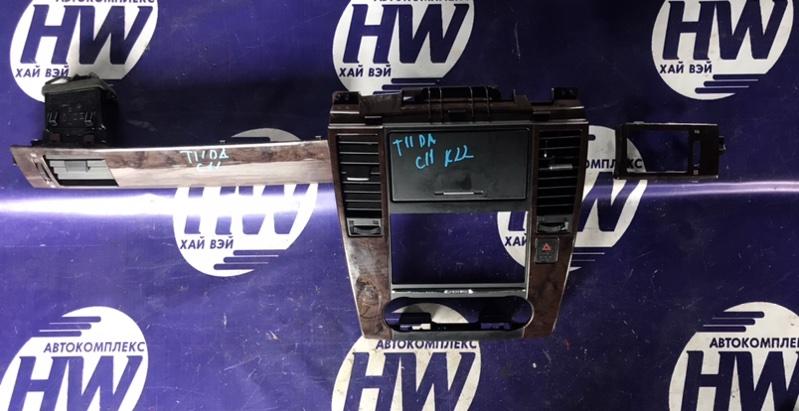 Консоль магнитофона Nissan Tiida C11 HR15 (б/у)