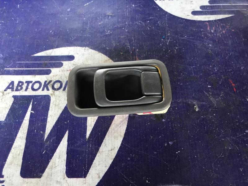 Ручка двери внутренняя Nissan Presea PR11 SR18 задняя правая (б/у)