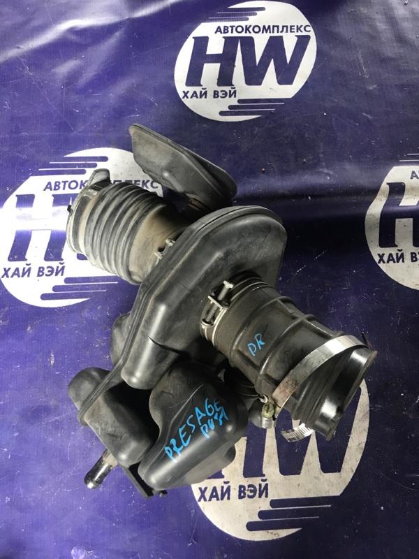 Патрубок воздушного фильтра Nissan Presage PU31 VQ35 (б/у)