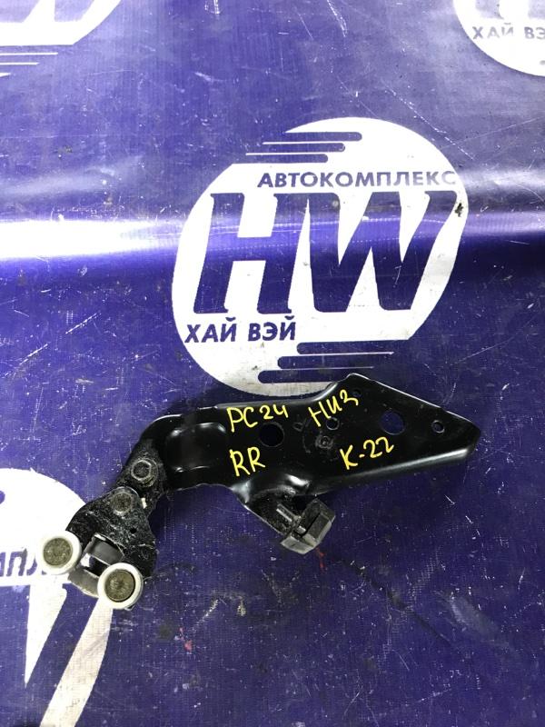 Ролик раздвижной двери Nissan Serena PC24 SR20DE правый нижний (б/у)