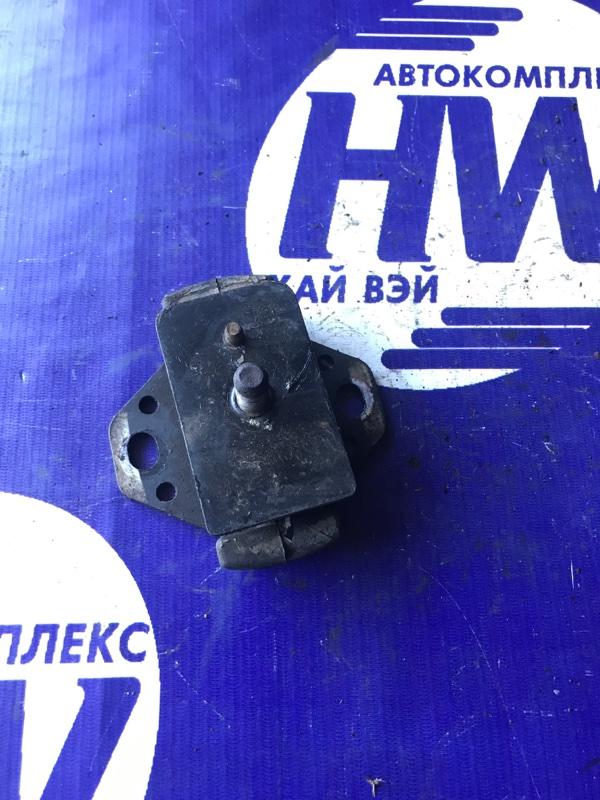 Подушка двс Toyota Hiace RZH133 2RZ (б/у)