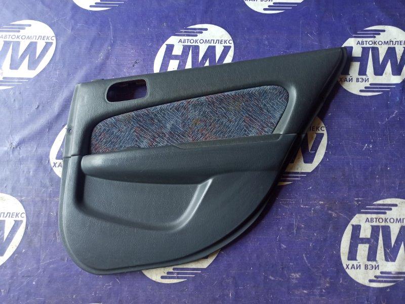 Обшивка двери Toyota Sprinter Carib AE111 4A задняя правая (б/у)