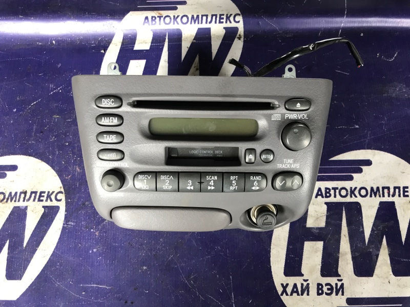 Магнитофон Toyota Platz SCP11 1SZ (б/у)