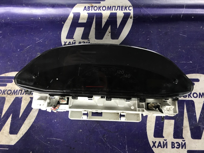 Панель приборов Toyota Vitz SCP90 2SZ (б/у)