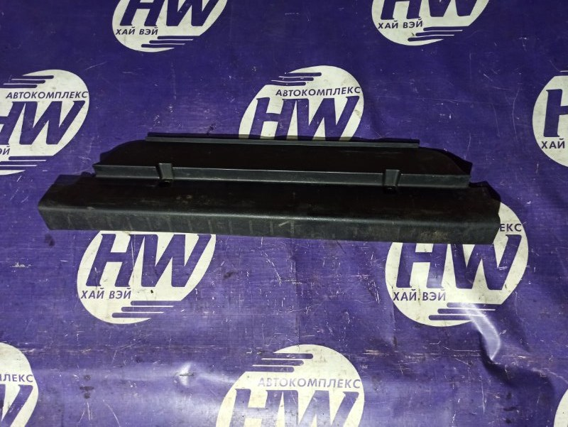 Накладка замка багажника Suzuki Escudo TD54W J20A (б/у)