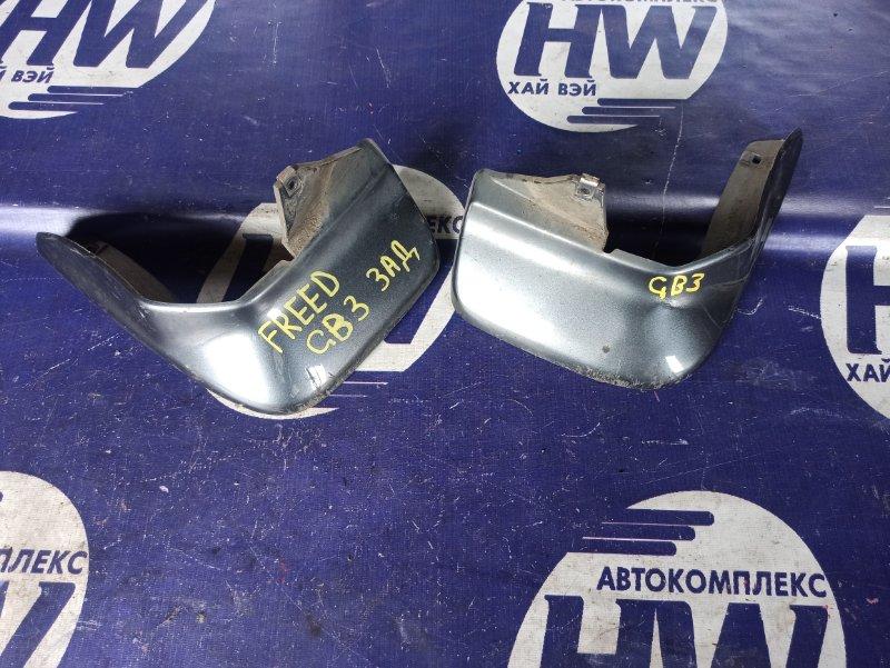 Брызговик Honda Freed GB3 L15A задний (б/у)