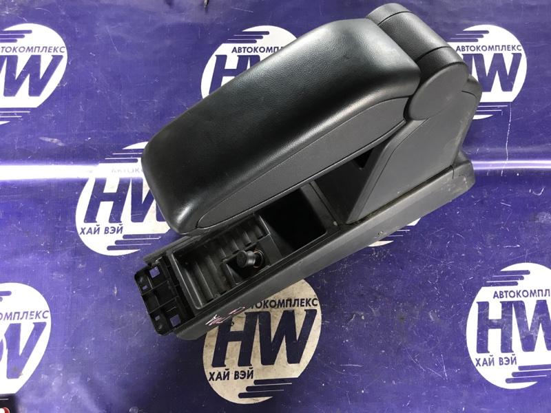 Бардачек между сиденьями Nissan Tiida C11 HR15 (б/у)