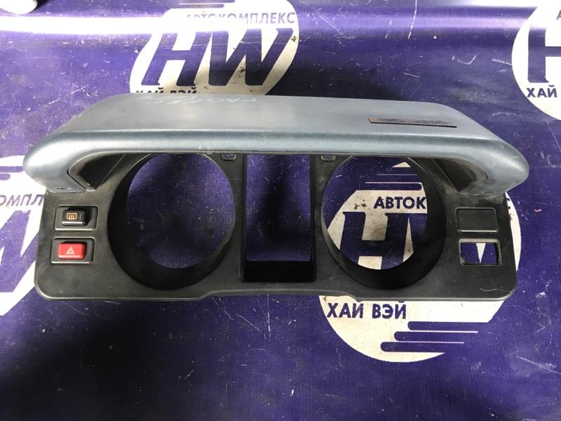 Консоль приборов Mitsubishi Pajero V24 4D56 (б/у)