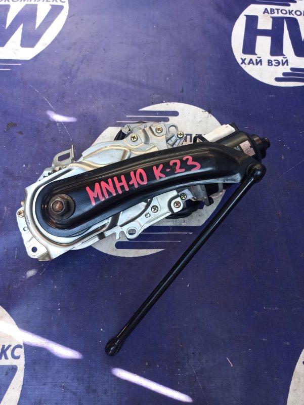 Доводчик двери пятой Toyota Alphard MNH10 1MZ (б/у)