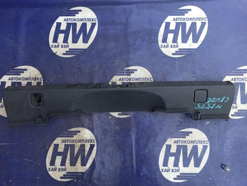 Накладка замка багажника Suzuki Chevrolet Cruze HR52S M13A (б/у)
