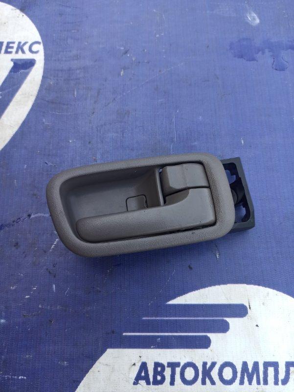 Ручка двери внутренняя Toyota Gaia SXM10 3S задняя правая (б/у)