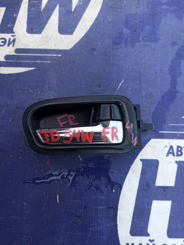 Ручка двери внутренняя Suzuki Escudo TD54W J20A передняя правая (б/у)