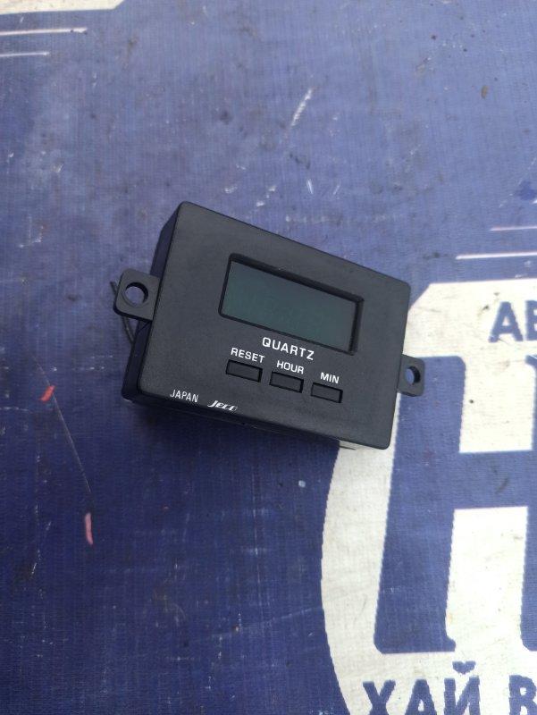 Часы Mazda Bongo SSE8W FE (б/у)