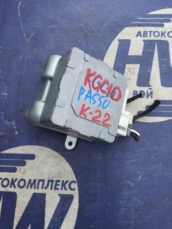 Блок управления рулевой рейкой Toyota Passo KGC10 1KR (б/у)