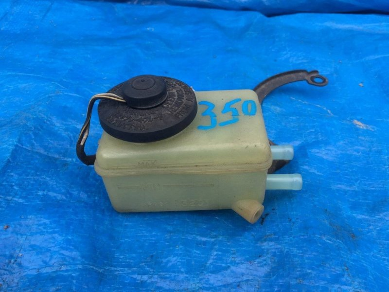 Бачок для тормозной жидкости Toyota Corolla Spacio AE111 4AFE (б/у)