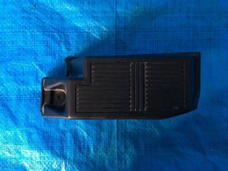 Подставка под ногу Nissan Bassara JHU30 KA24DE (б/у)