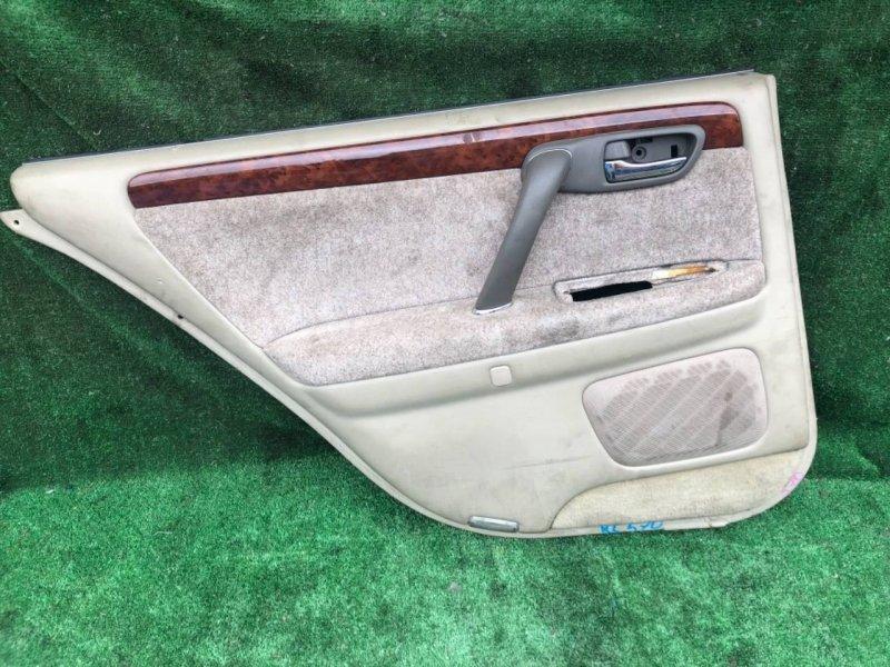 Обшивка дверей Toyota Crown Majesta JZS177 задняя левая (б/у)