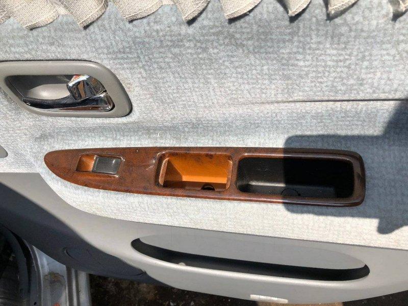 Блок управления стеклами Nissan Bassara JHU30 CG10DE задний правый (б/у)