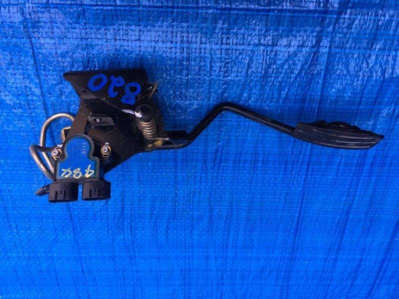 Педаль газа Isuzu Bighorn UBS73DW 4JX1 (б/у)