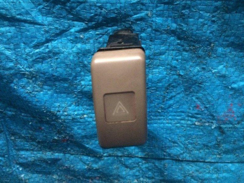 Кнопка аварийной сигнализации Toyota Lite Ace CR21 2C (б/у)
