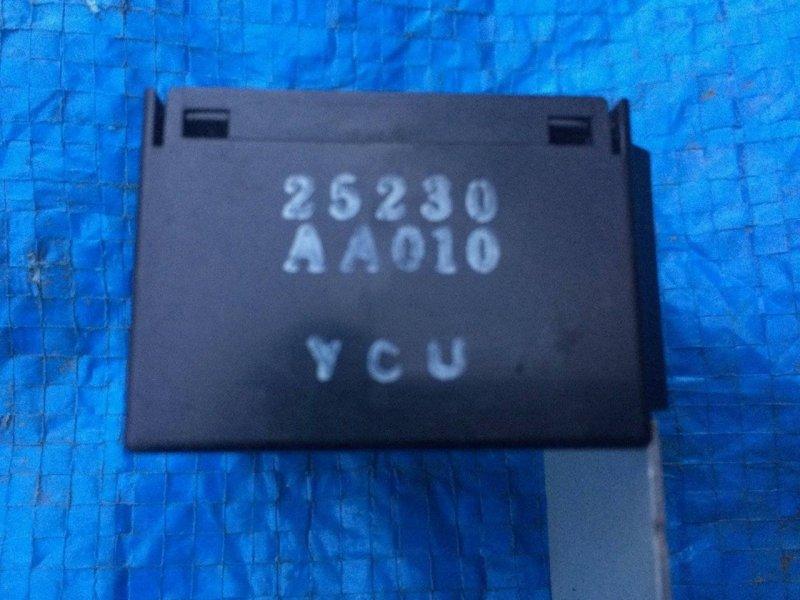 Блок управления дверьми Nissan Avenir PNW11 QR20DE (б/у)