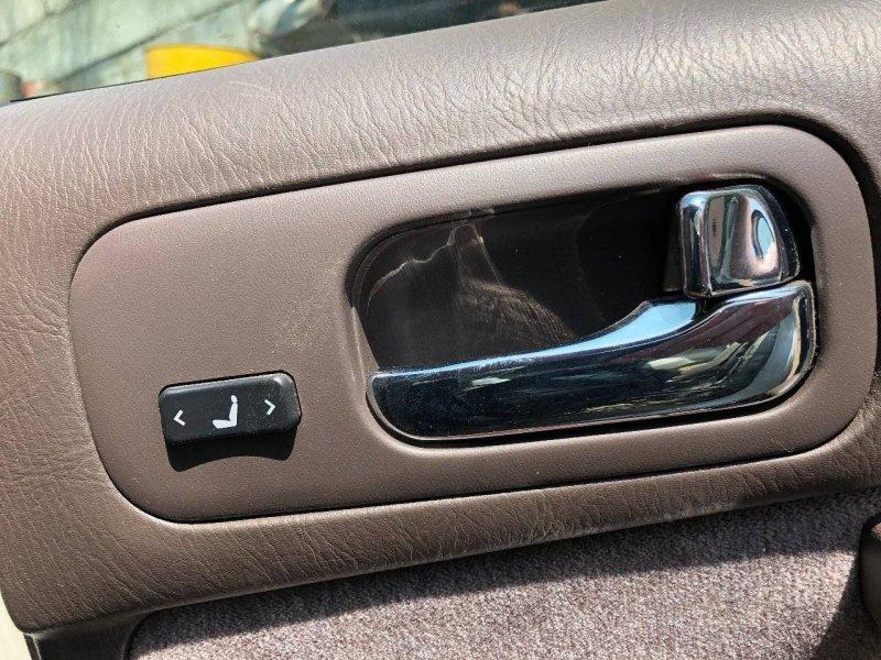 Кнопка управления сидением Nissan Cedric ENY33 RB25DET задняя правая (б/у)