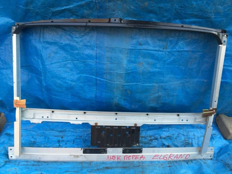 Направляющая люка Nissan Caravan Elgrand ALE50 (б/у)